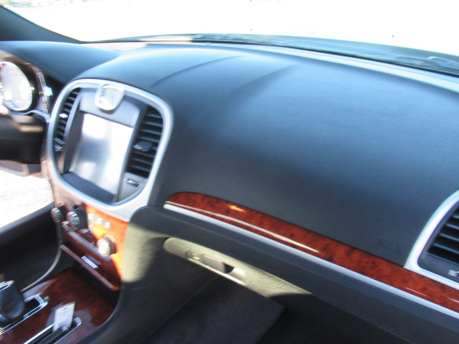 2012 Chrysler 300 4dr Sdn V6 RWD, available for sale in Massapequa, New York | South Shore Auto Brokers & Sales. Massapequa, New York