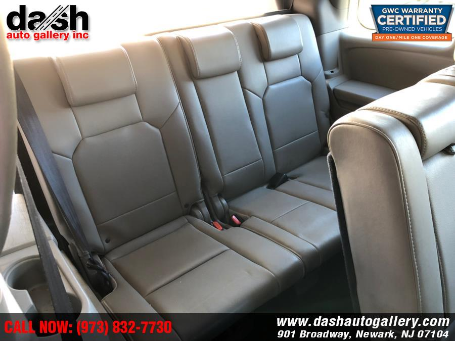2010 Honda Pilot 4WD 4dr Touring w/RES & Navi, available for sale in Newark, New Jersey | Dash Auto Gallery Inc.. Newark, New Jersey
