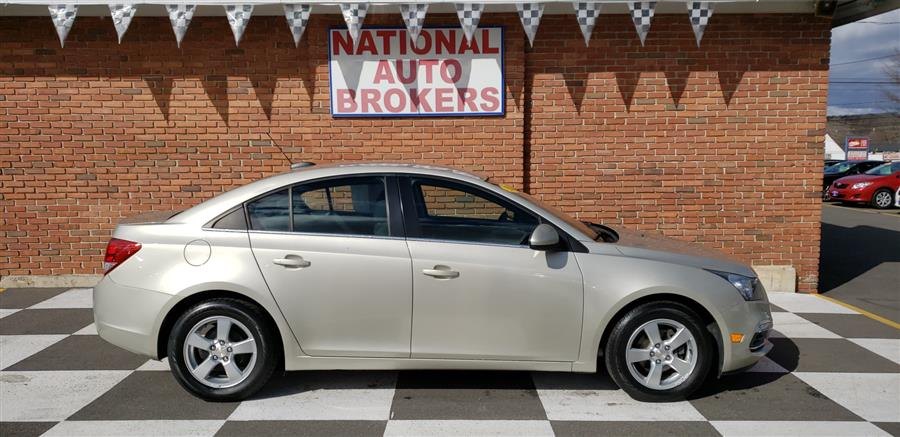 2015 Chevrolet Cruze 4dr Sdn LT, available for sale in Waterbury, Connecticut   National Auto Brokers, Inc.. Waterbury, Connecticut