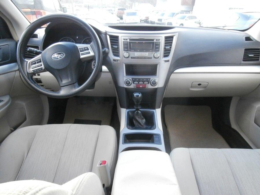 Used Subaru Legacy 4dr Sdn H4 Man 2.5i 2013 | Jim Juliani Motors. Waterbury, Connecticut