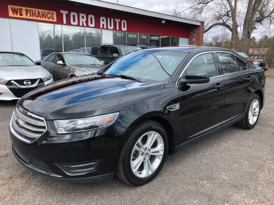 2016 Ford Taurus 4dr Sdn SEL AWD, available for sale in East Windsor, CT