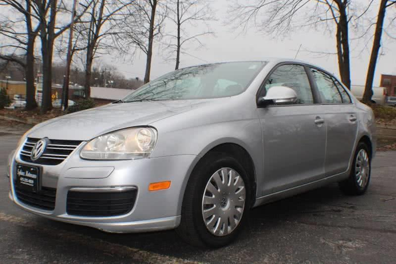 2007 Volkswagen Jetta Base PZEV 4dr Sedan (2.5L I5 6A), available for sale in Waterbury, Connecticut | Sphinx Motorcars. Waterbury, Connecticut