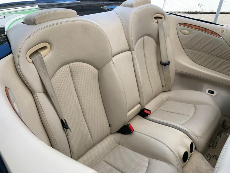 2005 Mercedes-Benz CLK-Class 2dr Cabriolet 5.0L, available for sale in Corona, California | Green Light Auto. Corona, California