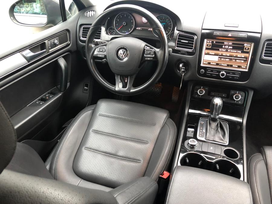2012 Volkswagen Touareg 4dr VR6 Sport w/Nav *Ltd Avail*, available for sale in New Britain, Connecticut   Central Auto Sales & Service. New Britain, Connecticut