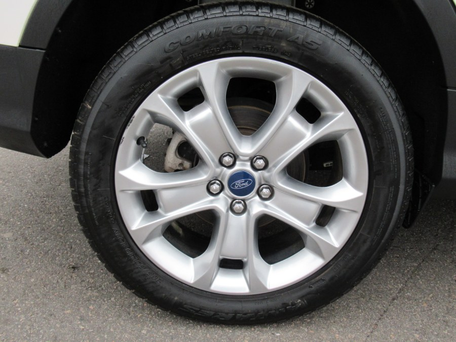 2015 Ford Escape 4WD 4dr Titanium, available for sale in South Windsor, Connecticut   Mike And Tony Auto Sales, Inc. South Windsor, Connecticut