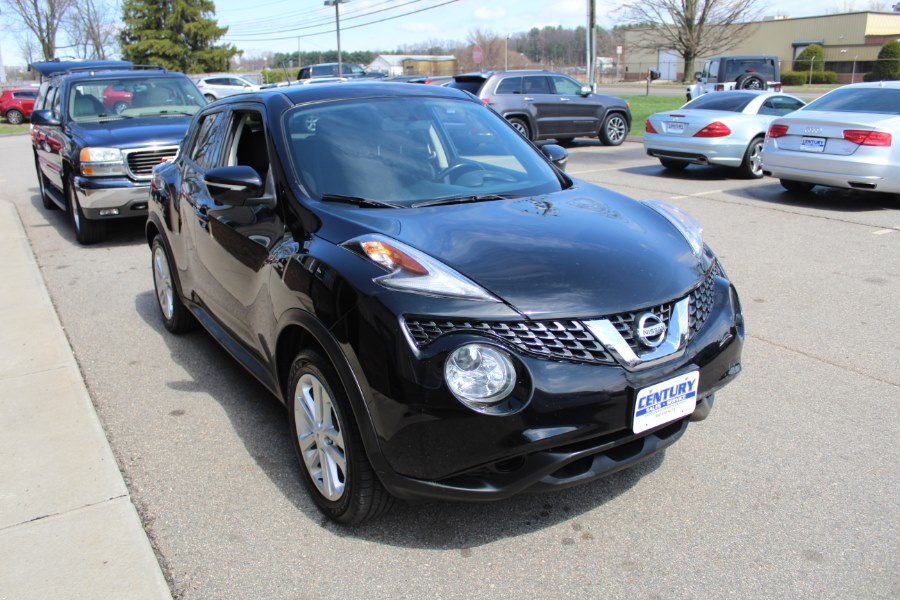 2015 Nissan JUKE 5dr Wgn CVT S AWD, available for sale in East Windsor, Connecticut | Century Auto And Truck. East Windsor, Connecticut
