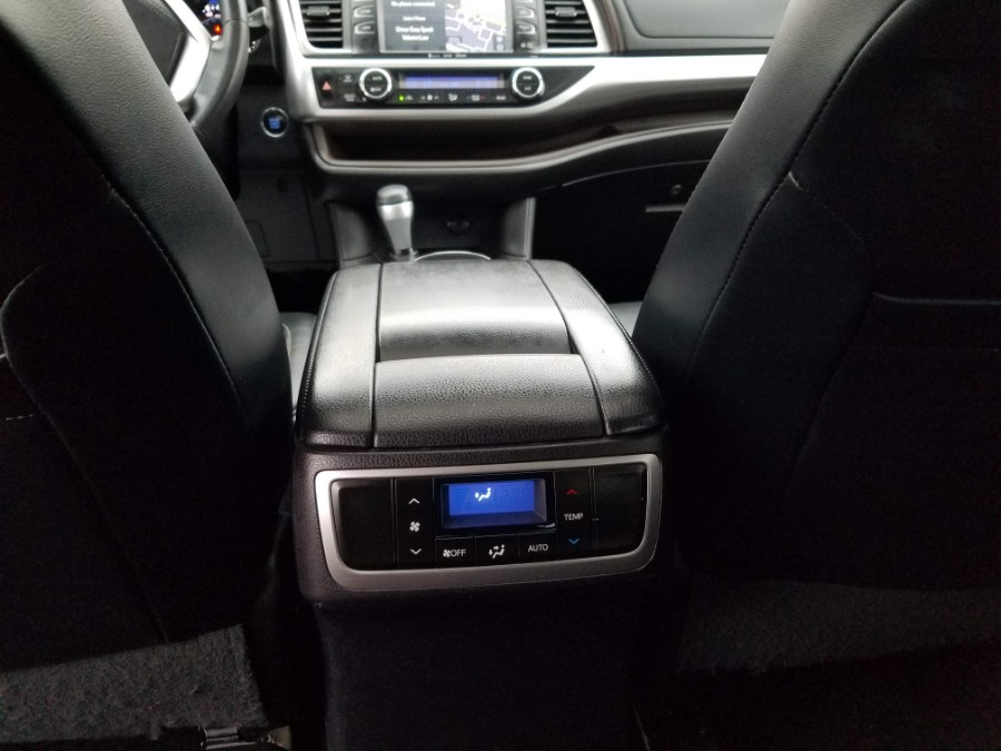 2016 Toyota Highlander AWD XLE w/Navigation Sunroof,Leather,Back Up Camera, available for sale in Queens, NY