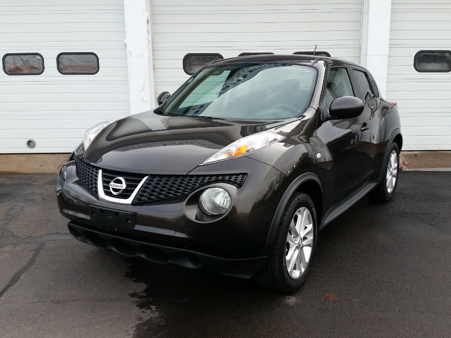 2013 Nissan JUKE 5dr Wgn CVT SV AWD, available for sale in Berlin, Connecticut   Action Automotive. Berlin, Connecticut