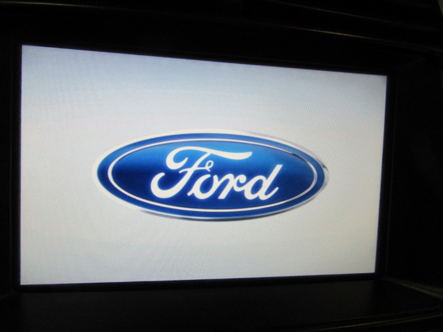 Used Ford Edge 4dr Limited AWD 2011 | Royalty Auto Sales. Little Ferry, New Jersey