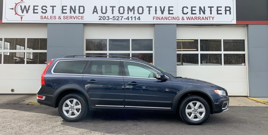2012 Volvo XC70 AWD 3.2L Premier Plus PZEV, available for sale in Waterbury, Connecticut | West End Automotive Center. Waterbury, Connecticut