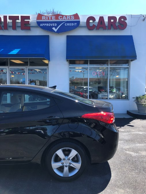 2013 Hyundai Elantra 4dr Sdn Auto GLS, available for sale in Lindenhurst, New York | Rite Cars, Inc. Lindenhurst, New York