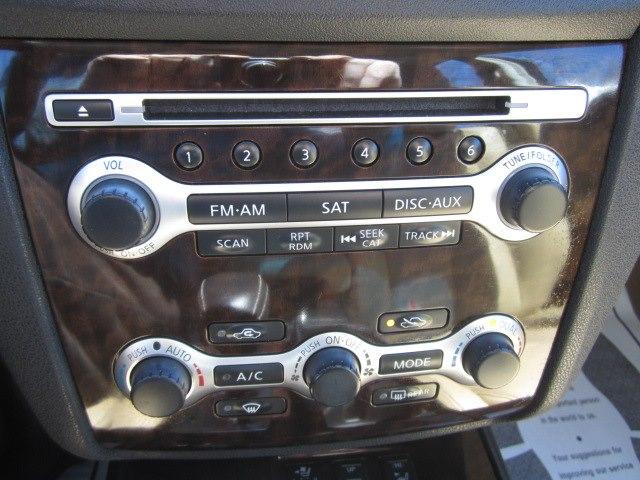 2011 Nissan Maxima 4dr Sdn V6 CVT 3.5 SV w/Premium Pkg, available for sale in Meriden, Connecticut | Cos Central Auto. Meriden, Connecticut