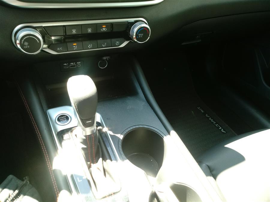 2019 Nissan Altima 2.5 SR Sedan, available for sale in Shirley, New York | Roe Motors Ltd. Shirley, New York