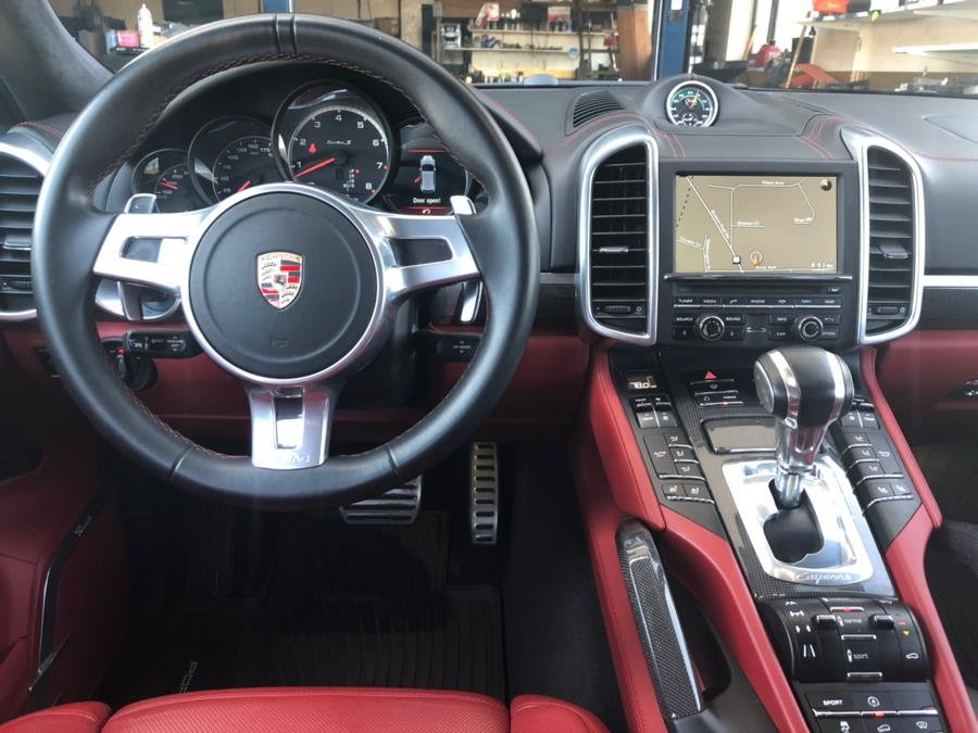 2014 Porsche Cayenne AWD 4dr Turbo S, available for sale in Milford, Connecticut | Chip's Auto Sales Inc. Milford, Connecticut