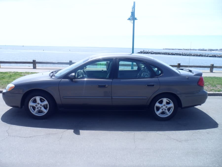 2003 Ford Taurus 4dr Sdn SES Standard, available for sale in Bridgeport, Connecticut | Hurd Auto Sales. Bridgeport, Connecticut