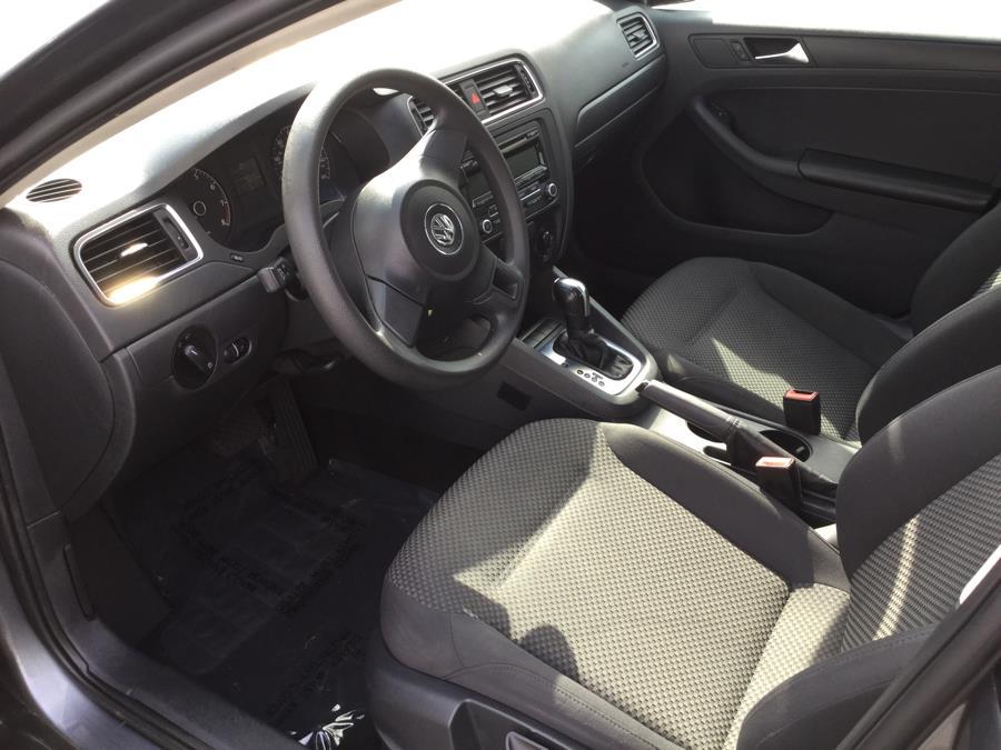 2013 Volkswagen Jetta 4dr Auto S *Ltd Avail*, available for sale in Plantsville, Connecticut   L&S Automotive LLC. Plantsville, Connecticut