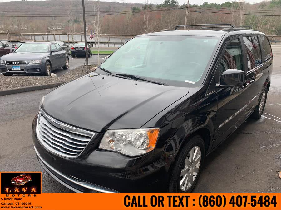 Used 2013 Chrysler Town & Country in Canton, Connecticut | Lava Motors. Canton, Connecticut
