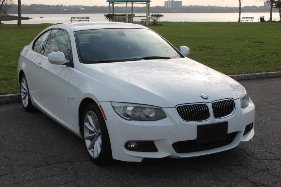 2013 BMW 3 Series 2dr Cpe 328i xDrive M-PACKAGE, available for sale in Great Neck, NY