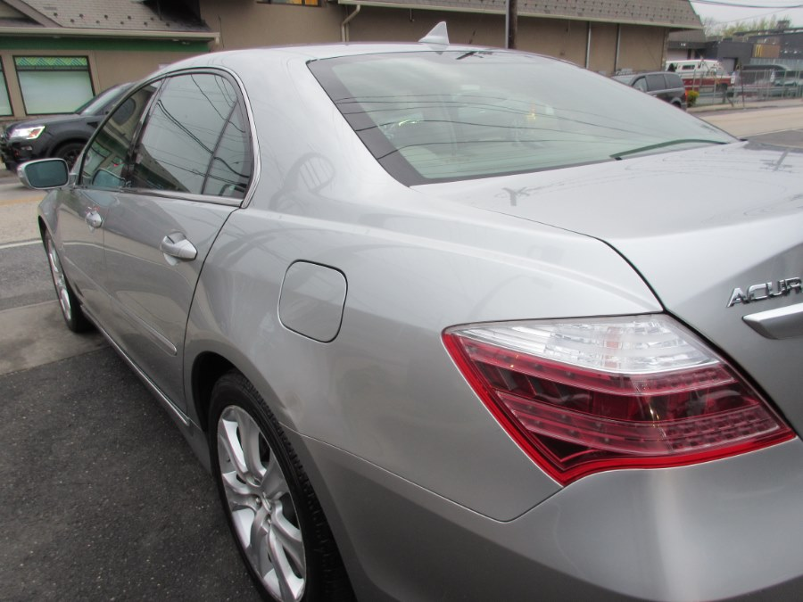 2010 Acura RL 4dr Sdn Tech Pkg (Natl), available for sale in Lynbrook, New York | ACA Auto Sales. Lynbrook, New York