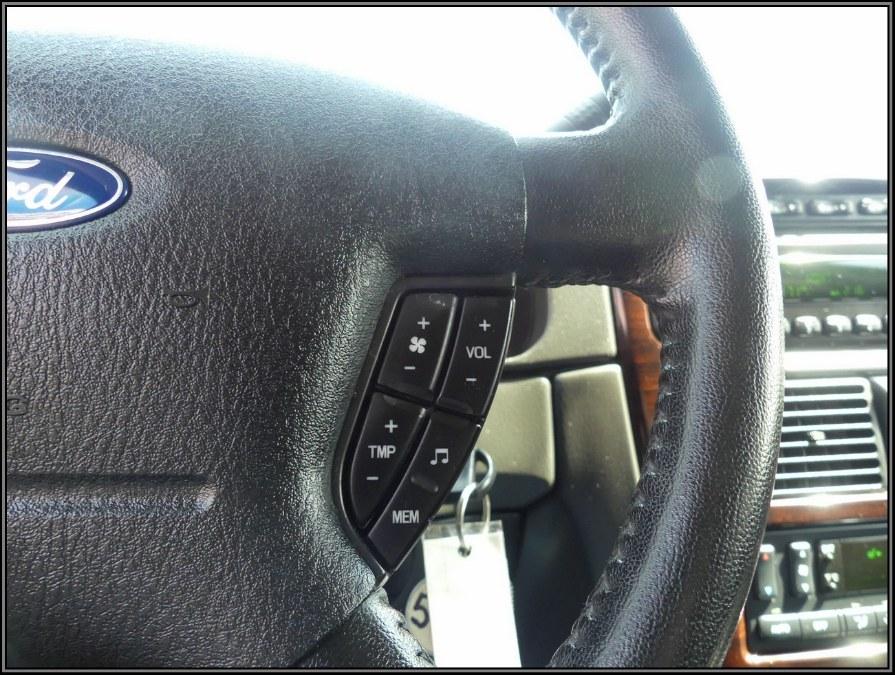 2005 Ford Explorer 4dr 114