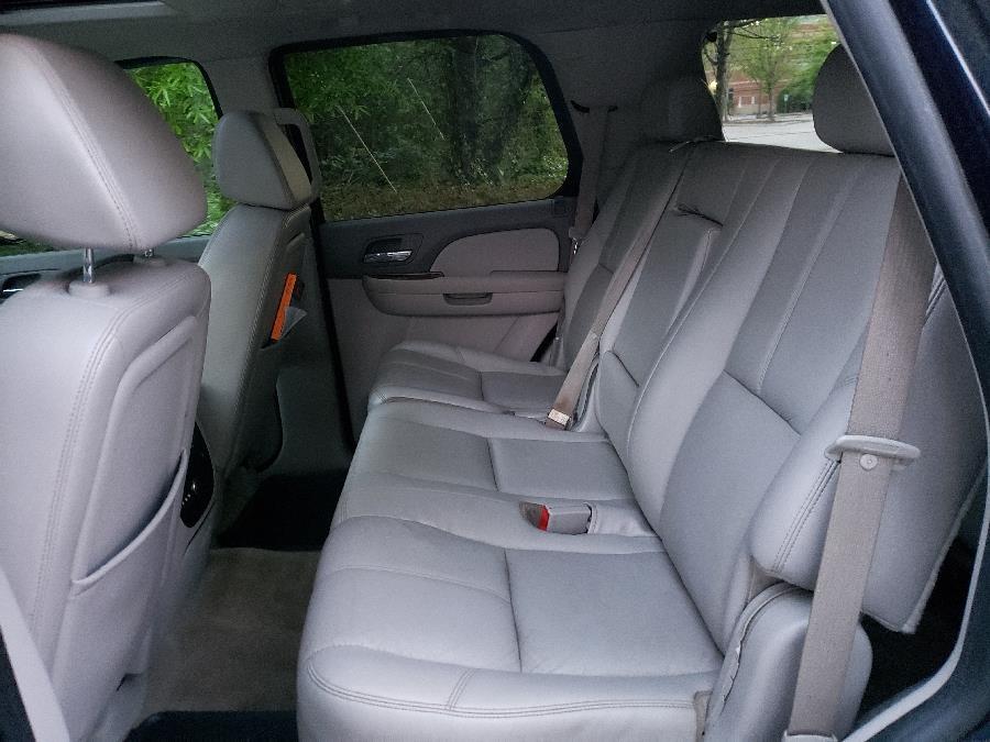 2008 Chevrolet Tahoe 4WD 4dr 1500 LT, available for sale in Virginia Beach, Virginia | CXB Auto Sales. Virginia Beach, Virginia