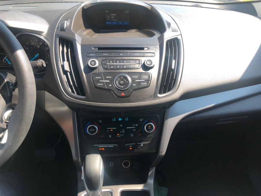 2018 Ford Escape SE 4WD, available for sale in White Plains, New York | Auto City Depot. White Plains, New York