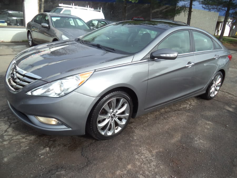 2012 Hyundai Sonata LIMITED, available for sale in Berlin, CT