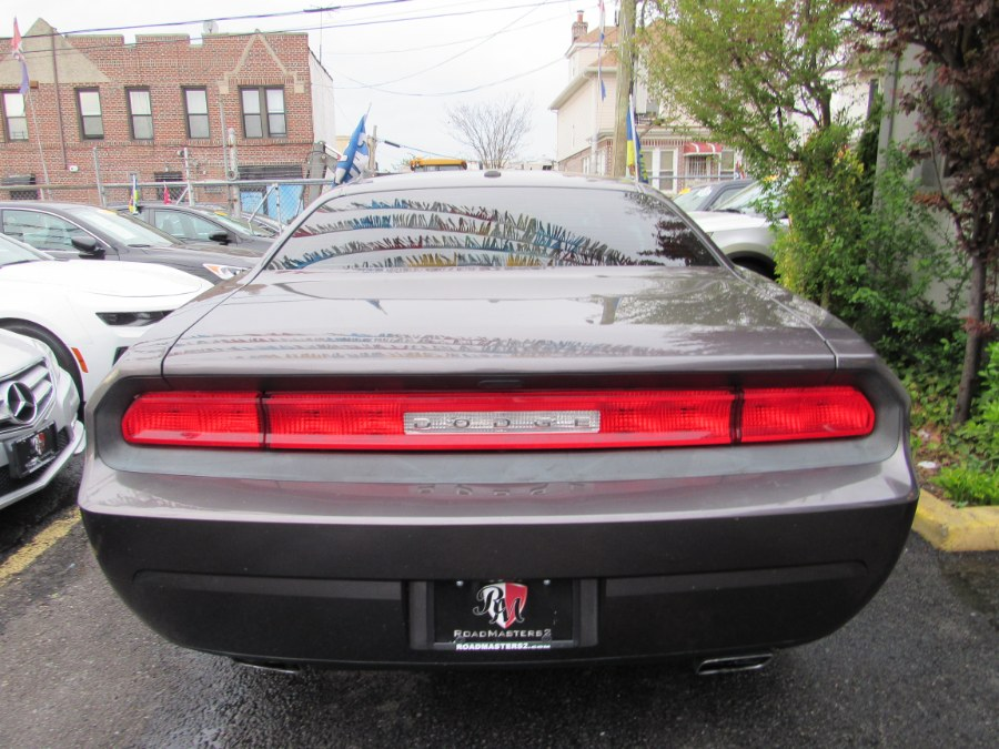 2014 Dodge Challenger 2dr Cpe SXT, available for sale in Middle Village, New York | Road Masters II INC. Middle Village, New York