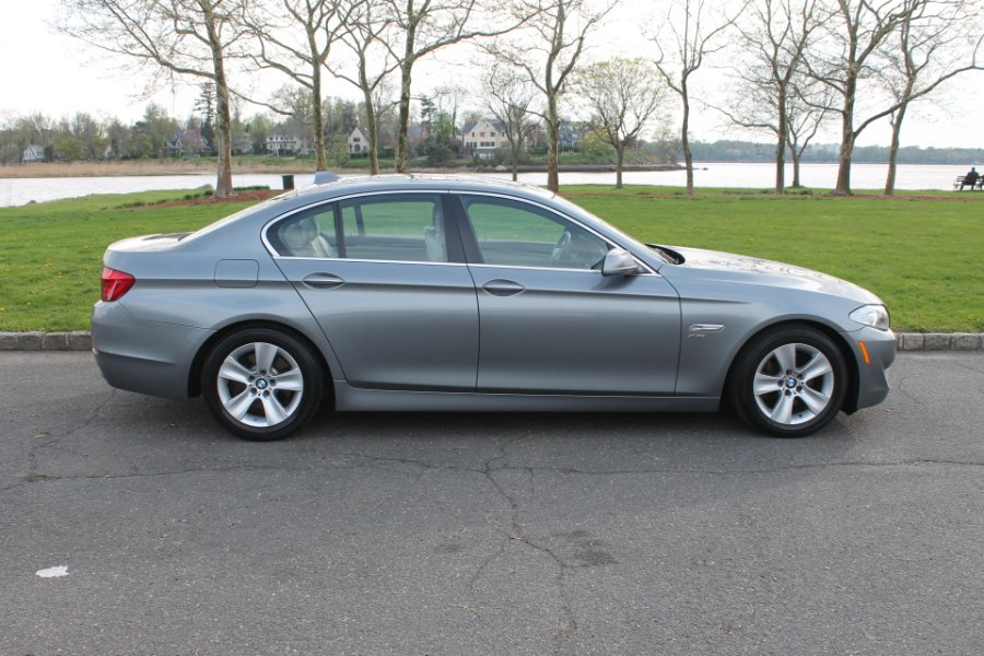 2012 BMW 5 Series 4dr Sdn 528i xDrive AWD, available for sale in Great Neck, NY