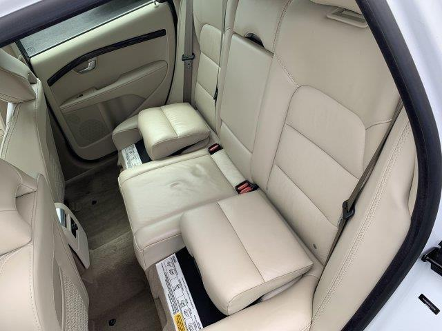 2012 Volvo Xc70 3.0L T6 Premier Plus, available for sale in Cincinnati, Ohio | Luxury Motor Car Company. Cincinnati, Ohio