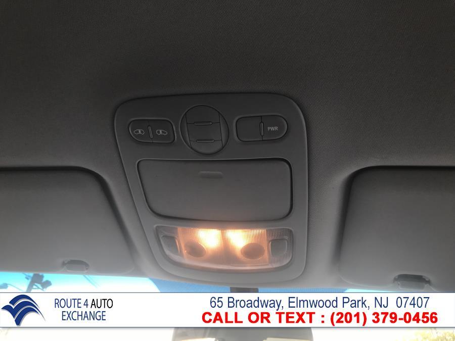 Used Kia Sedona 4dr LWB LX 2009 | Route 4 Auto Exchange. Elmwood Park, New Jersey