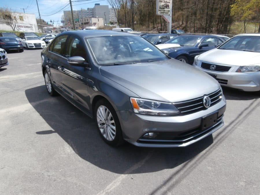 2015 Volkswagen Jetta Sedan 4dr Auto 1.8T Sport PZEV, available for sale in Waterbury, Connecticut | Jim Juliani Motors. Waterbury, Connecticut