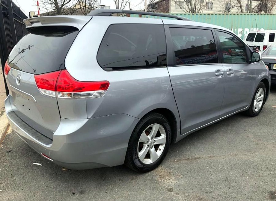 2011 Toyota Sienna 5dr 7-Pass Van V6 LE FWD (Natl), available for sale in Paterson, New Jersey | MFG Prestige Auto Group. Paterson, New Jersey