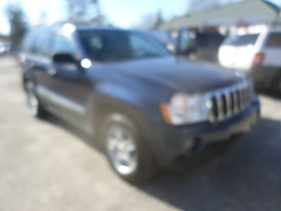 2006 Jeep Grand Cherokee 4dr Laredo 4WD, available for sale in Patchogue, New York | Romaxx Truxx. Patchogue, New York