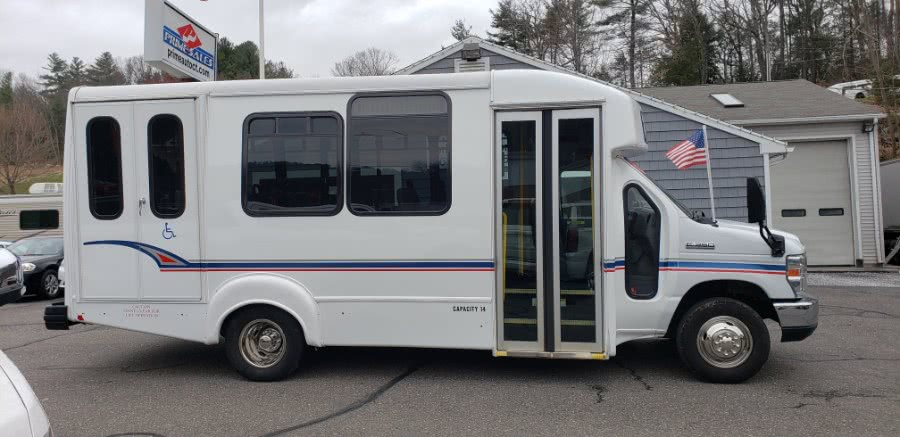 "2013 Ford Econoline Commercial Cutaway E-350 Super Duty 176"" DRW, available for sale in Thomaston, CT"
