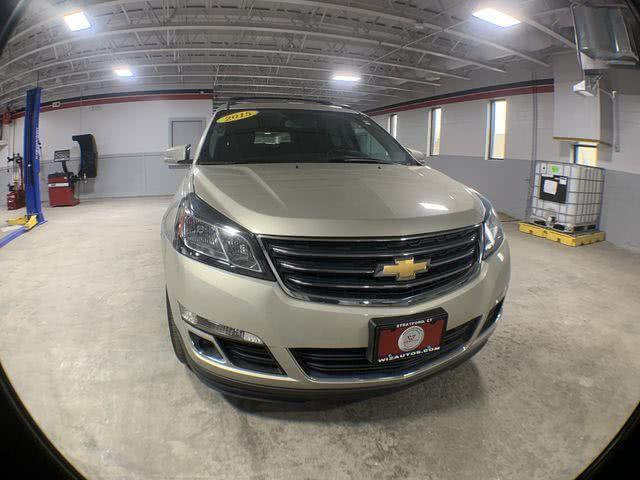 Used Chevrolet Traverse AWD 4dr LT w/1LT 2015 | Wiz Leasing Inc. Stratford, Connecticut