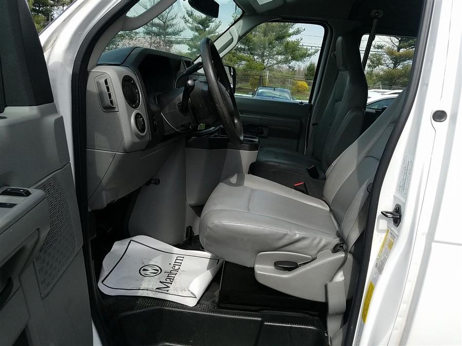 2014 Ford Econoline Cargo Van E-250 Ext Commercial, available for sale in Corona, New York | Raymonds Cars Inc. Corona, New York