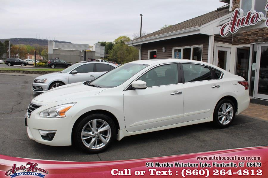 2015 Nissan Altima 4dr Sdn I4 2.5 S, available for sale in Plantsville, Connecticut | Auto House of Luxury. Plantsville, Connecticut