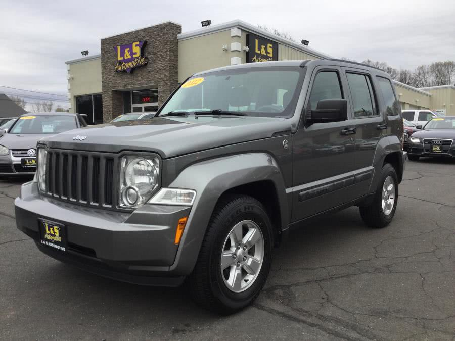 2012 Jeep Liberty 4WD 4dr Sport, available for sale in Plantsville, Connecticut | L&S Automotive LLC. Plantsville, Connecticut