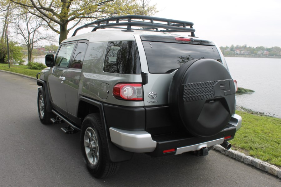 2012 Toyota FJ Cruiser 4WD 4dr Man, available for sale in Great Neck, NY