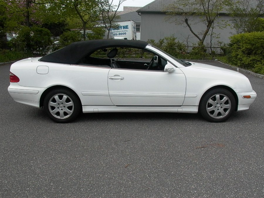 2001 Mercedes-Benz CLK-Class 2dr Cabriolet 3.2L, available for sale in Bellmore, NY