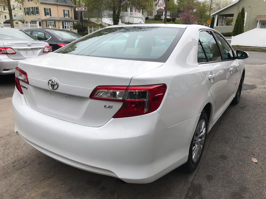 Used Toyota Camry 4dr Sdn I4 Auto LE (Natl) *Ltd Avail* 2014 | Melrose Auto Gallery. Melrose, Massachusetts