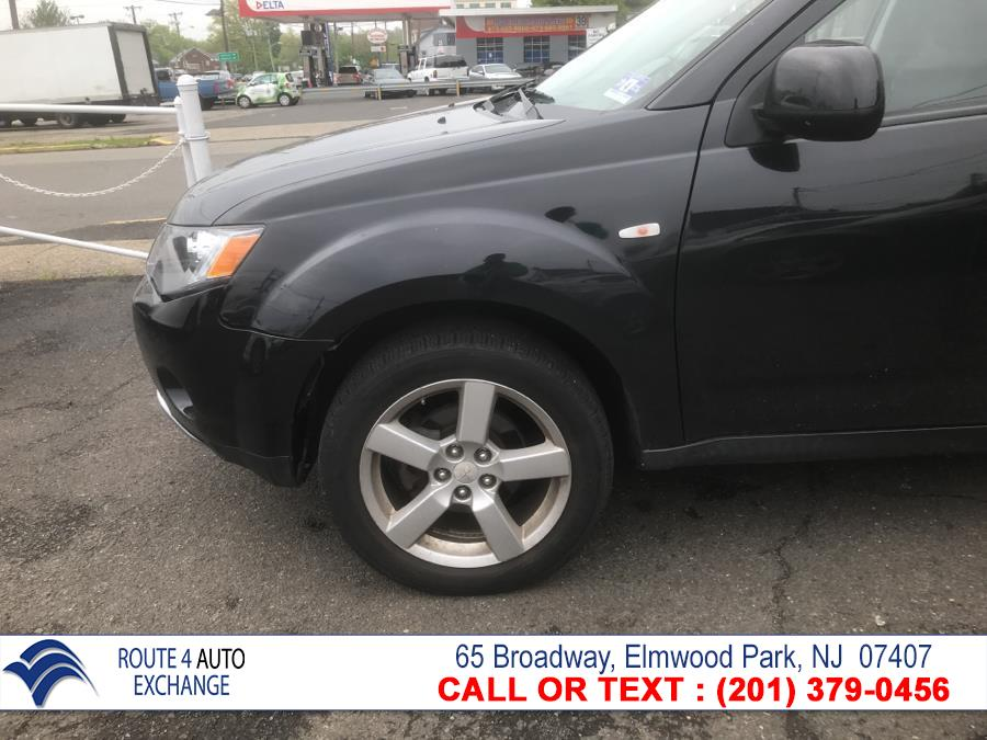 2007 Mitsubishi Outlander AWD 4dr XLS, available for sale in Elmwood Park, New Jersey | Route 4 Auto Exchange. Elmwood Park, New Jersey