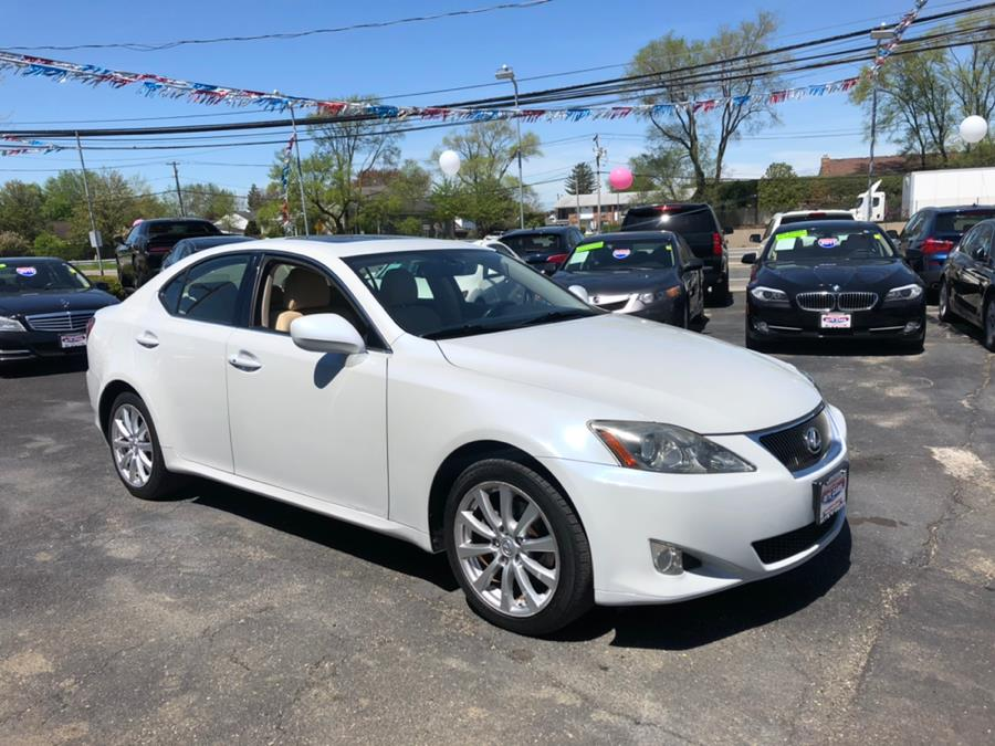 2007 Lexus IS 250 4dr Sport Sdn Auto AWD, available for sale in Lindenhurst, New York | Rite Cars, Inc. Lindenhurst, New York