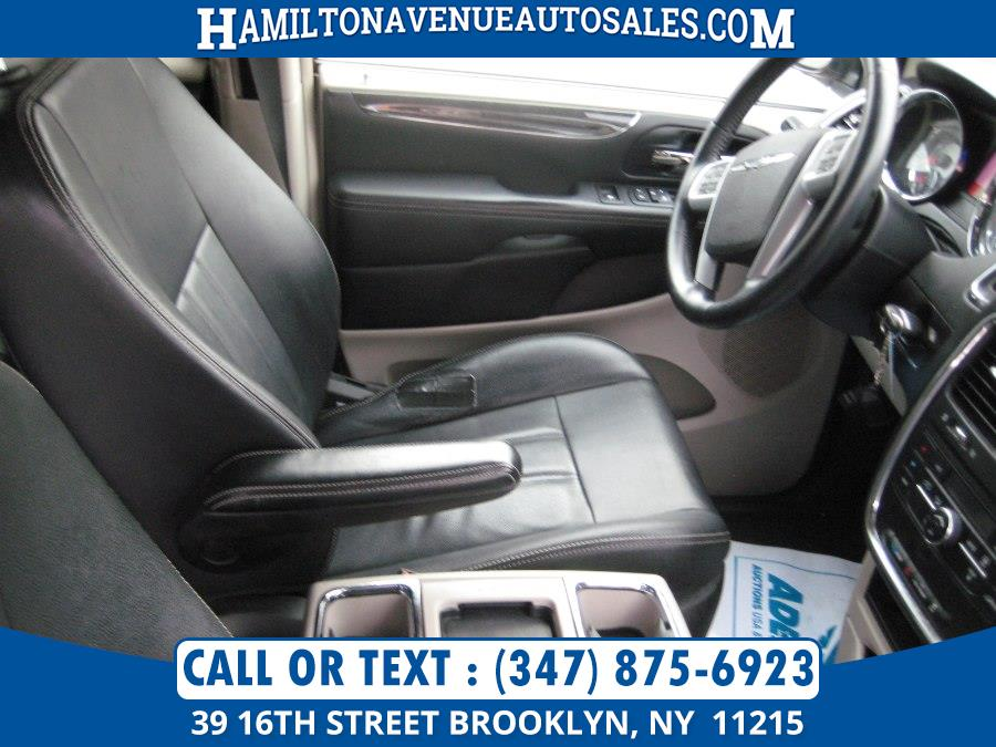 2013 Chrysler Town & Country 4dr Wgn Touring, available for sale in Brooklyn, New York   Hamilton Avenue Auto Sales DBA Nyautoauction.com. Brooklyn, New York