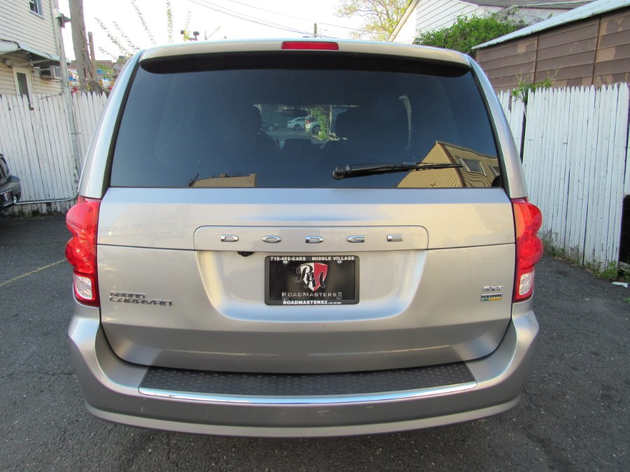 2018 Dodge Grand Caravan SXT Wagon, available for sale in Middle Village, New York | Road Masters II INC. Middle Village, New York