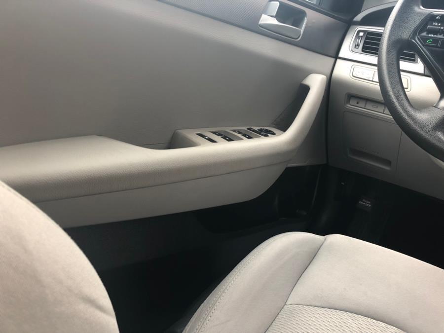 2016 Hyundai Sonata 4dr Sdn 2.4L SE, available for sale in Brooklyn, New York | Carsbuck Inc.. Brooklyn, New York