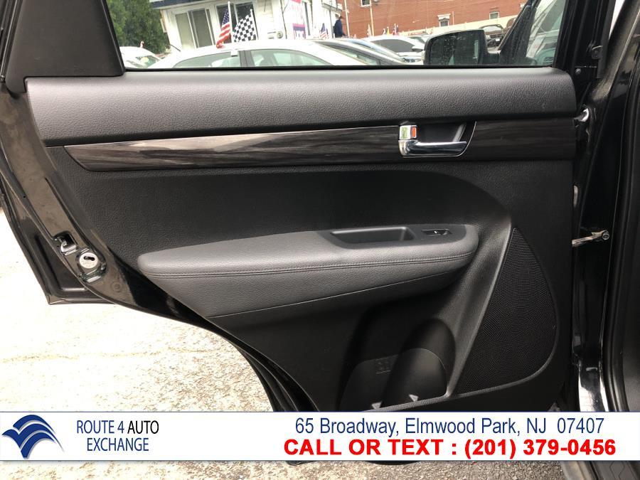 Used Kia Sorento AWD 4dr I4 LX 2011 | Route 4 Auto Exchange. Elmwood Park, New Jersey