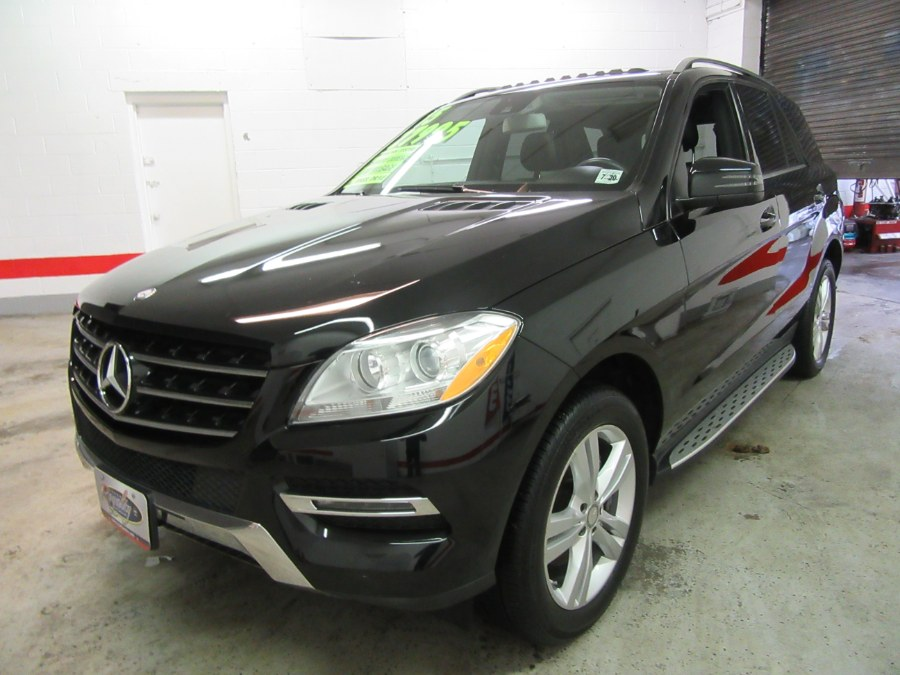 2015 Mercedes-Benz M-Class 4MATIC 4dr ML350, available for sale in Little Ferry, New Jersey | Royalty Auto Sales. Little Ferry, New Jersey
