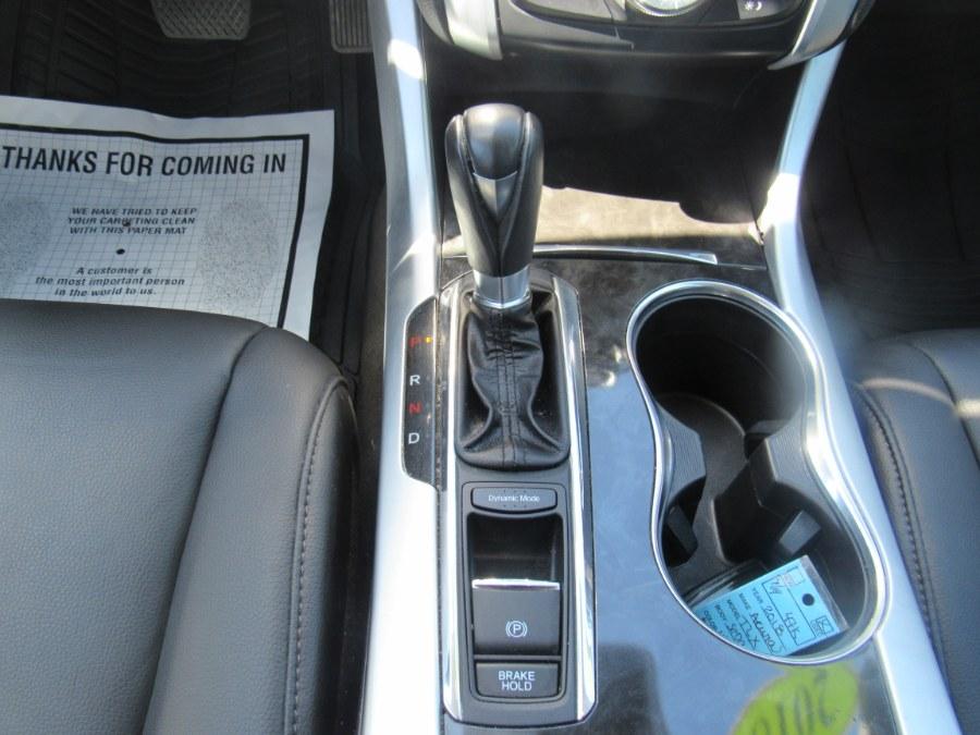 Used Acura TLX 2.4L FWD 2018 | Hilario's Auto Sales Inc.. Worcester, Massachusetts